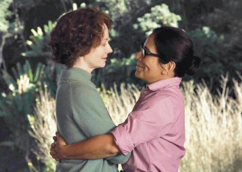 Miranda Otto e Glória Pires, protagonista em Flores Raras