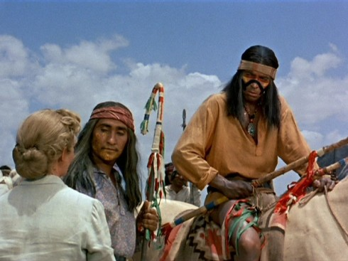Os inimigos agora são os índios Apache