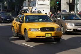 Táxis sempre disponíveis.