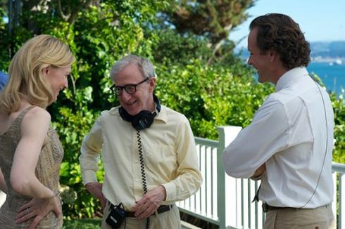 Woody Allen dirigindo o elenco