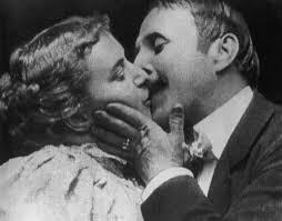 """O primeiro beijo no cinema: """"The Kiss"""", 1896."""