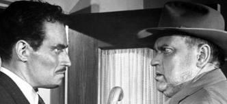 """Charlston Heston com Orson Welles em """"A marca da maldade"""""""