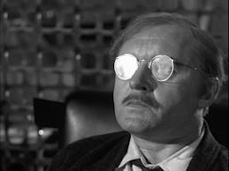 """Rod Steiger é o judeu atormentado em """"O homem do prego""""."""