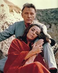 "Liz Taylor e Richard Burton em ""Adeus às ilusões""."