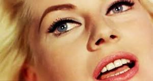 A beleza sueca de Anita Ekberg
