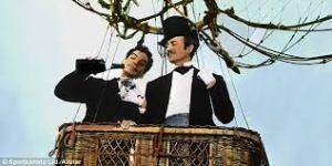"""Cantinflas e David Niven em """"A volta ao mundo em 80 dias""""."""