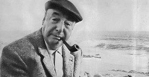 O poeta e prêmio Nobel Pablo Neruda.