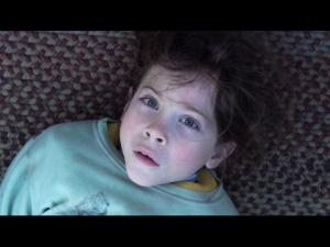 O ator Jacob Tremblay como o confinado Jack.