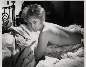 """""""Servidão humana"""" (1964):   Kim Novak é a prostituta Mildred."""