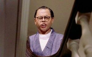 """Mickey Rooney, o estereotipado asiático em """"Bonequinha de luxo""""."""